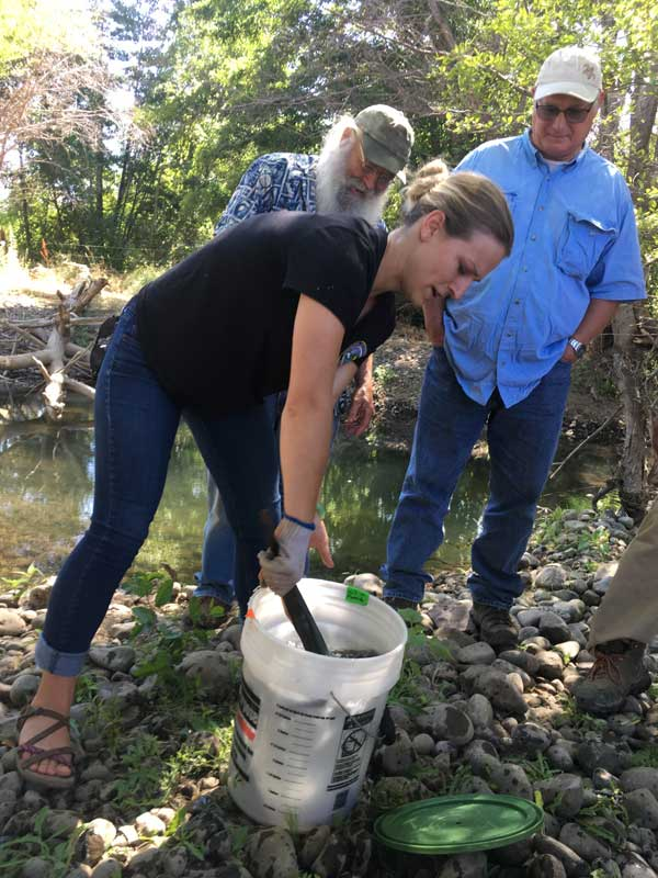 Partners release lamprey on 2019 tour with Yakama Nation